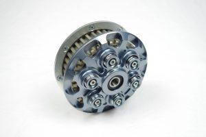Sechsfeder Antiopping Kupplung der Firma Kbike in der Farbe titanium mit extra dicker Spinnfeder.