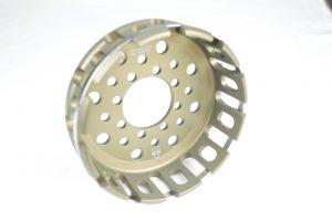 Kupplungskorb der Firma Kbike für Ihre Ducati mit 12 Zahn Trockenkupplung! Dieser ist aus hochwertigem 7075 T6 Aluminium gefertigt und leichter als der originale Korb!